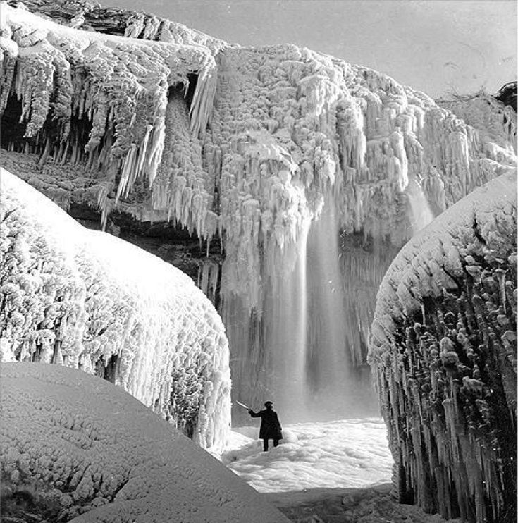 puppenhausclubЗамерзший Ниагарский водопад, 1911 год.