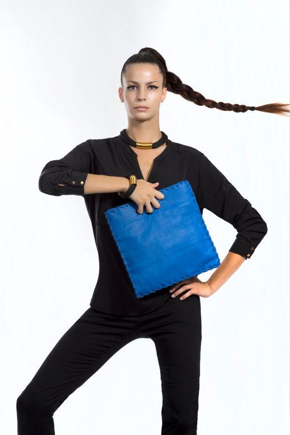 Finger Leather Bag  Blue Indigo Leather Purse by EleannaKatsira, €114.00