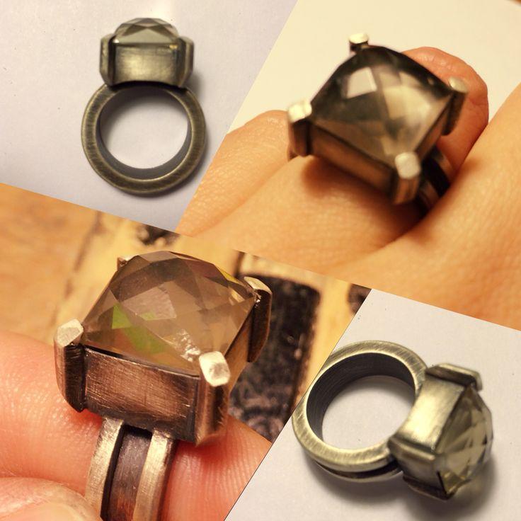 Oxidized silver & quartz ring :: Caro Fischer :: Joyería Contempránea de Autor ::  Contemporary Handcrafted Jewelry