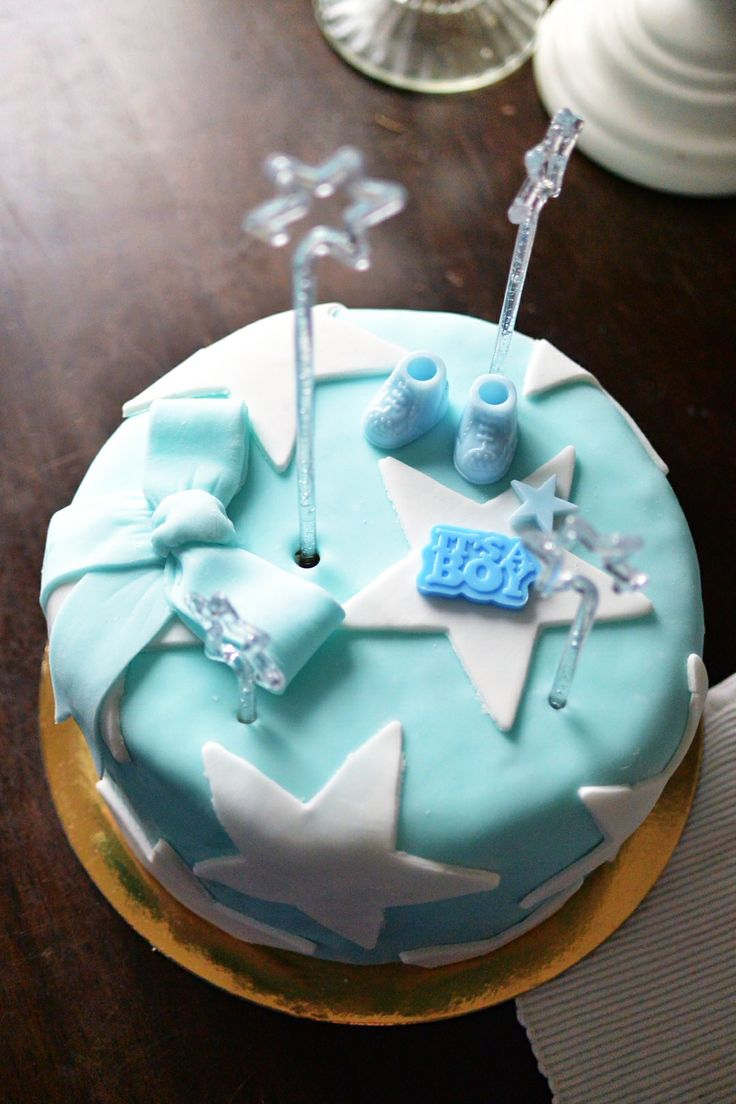 Cute #surprise #cake for new parents of little #baby #boy. #cutiepiebaking