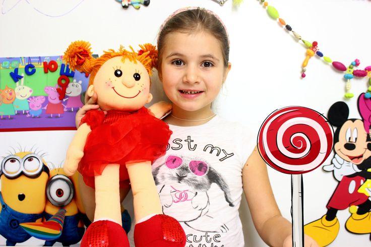 Кукла поющая кукла с веснушками
