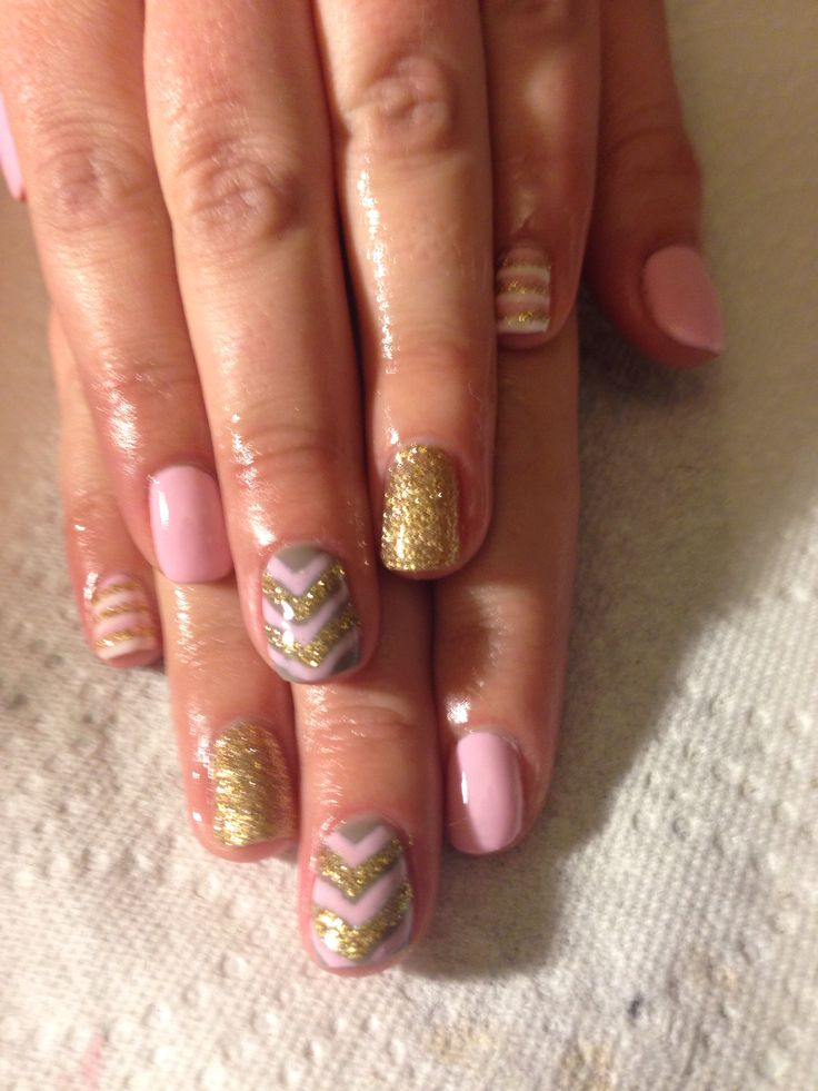 Chevron pink gel nails used all red carpet manicure products @Sarah Therese Carpet Manicure