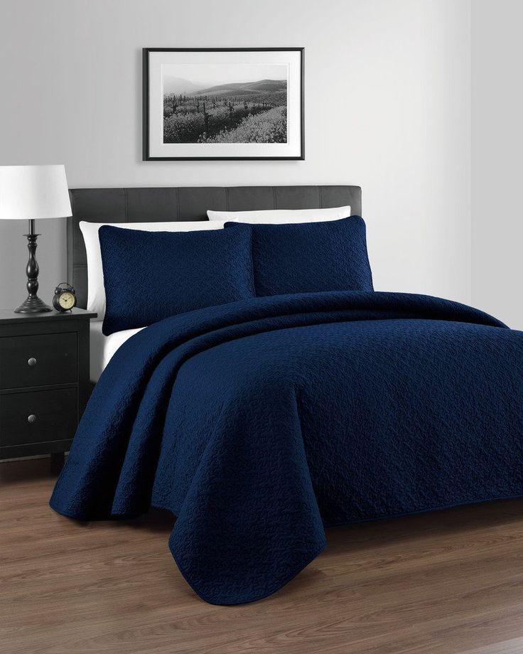 Online at-easebedding.com, you're going to find Quilts made with everything from Cotton to Linen. Shop for Quilts and Coverlets for low prices. Find great Deals