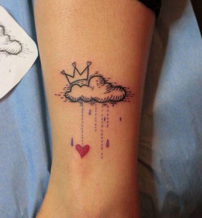 les 25 meilleures id es de la cat gorie tatouages nuages sur pinterest tatouages de pluie et. Black Bedroom Furniture Sets. Home Design Ideas