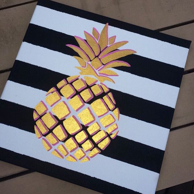 Gold pineapple canvas