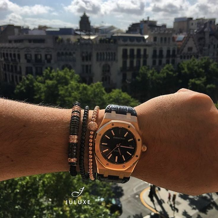 Good Afternoon Barcelona #barcelona #juluxe #juluxeworld #mensfashion #rosegold #rhodium #diamonds #mensaccessories #bracelet #audemarspiguet