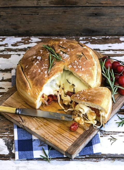 Want something a little different to set on the table? Why no this gourmet stuffed braai loaf.