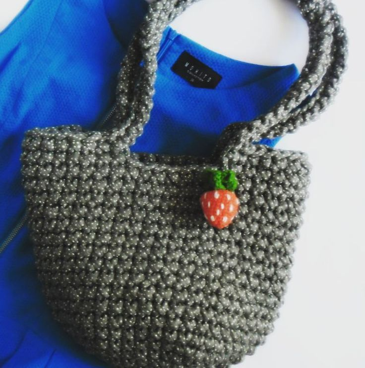 #torebka z truskawką #truskawka #tshirtyarn #crochet #strawberry #bag #purse #summer #fashion #bobbiny #samasobiezrobilam ##GawraStefana