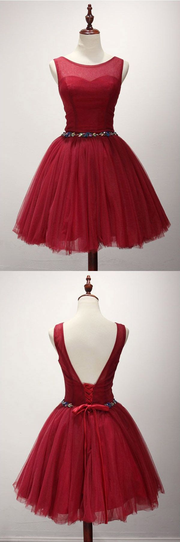 Ball Gown Scoop Neck Short Tulle Homecoming Dress With Beading PG136