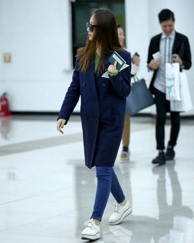 161104 F X Krystal Haneda Airport To Gimpo Krystal Jung Pinterest Krystal Jung And Kpop
