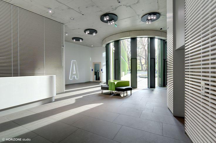 HORIZONE STUDIO - Darasz Kisielewski Strzenski - Ericpol Software Pool Office Building (photo P.Piatek)