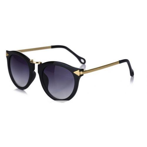 lunette de soleil femme ovale guess lunette de soleil. Black Bedroom Furniture Sets. Home Design Ideas