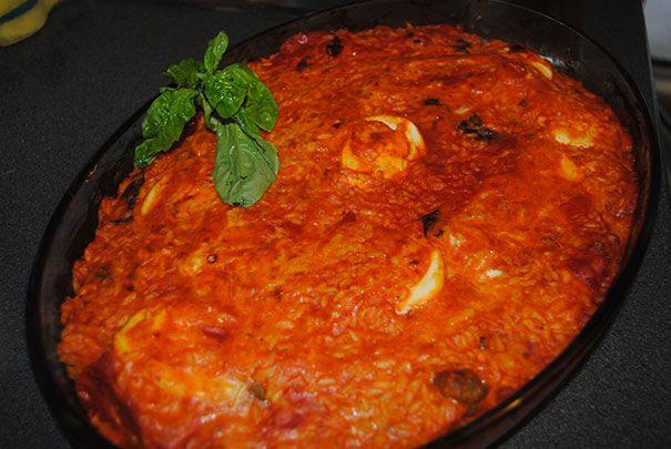 Sartù di Riso: è un piatto semplice e servito in tavola è molto apprezzato dai bambini, perchè le polpettine tanto amate dai piccoli, si nascondono sotto la crosticina dorata.