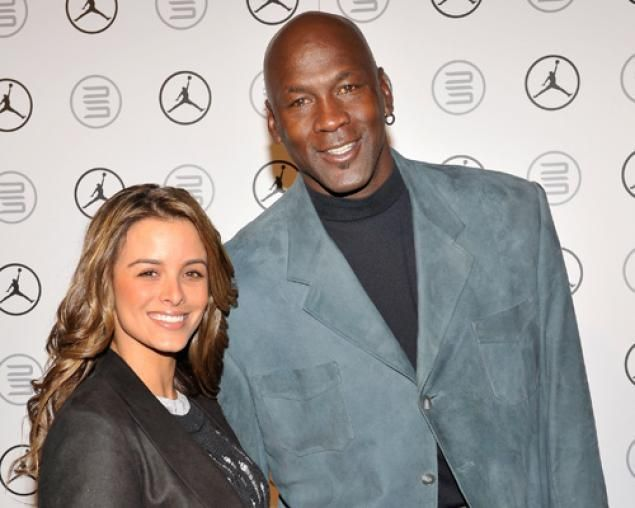 Michael Jordan wife welcome twin girls