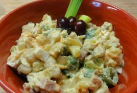 Jak si připravit bramborový salát s bílými fazolemi | recept