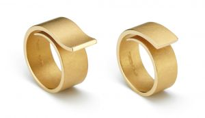 www.ORRO.co.uk - Niessing Platinum Loop Solitaire Wedding Ring - ORRO Contemporary Jewellery Glasgow...