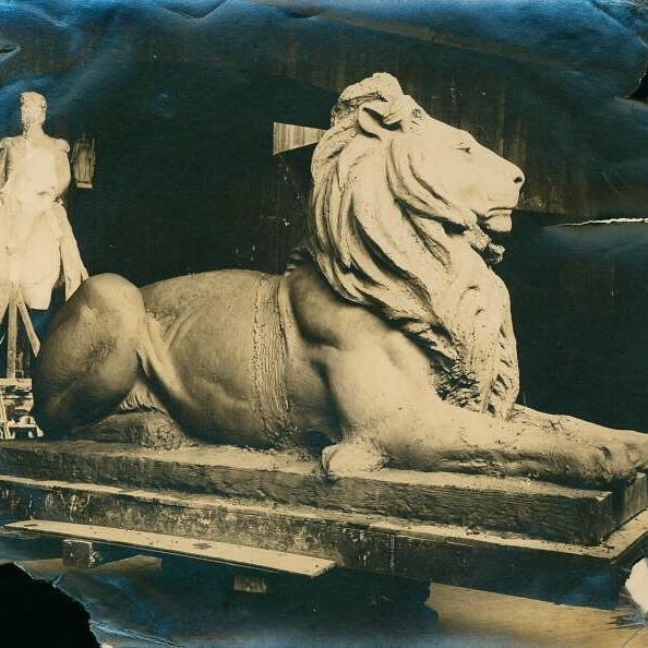 #ThrowbackThursday: Patience getting prepped to take up his throne in front of the Stephen A. Schwarzman Building! He's pictured here in the studio of Edward Clark Potter. ❤🦁 Did you know that Potter also sculpted the lions outside of our neighbor @themorganlibrary? (Image via @nypl Digital Collections; ps_mss_cd21_316)