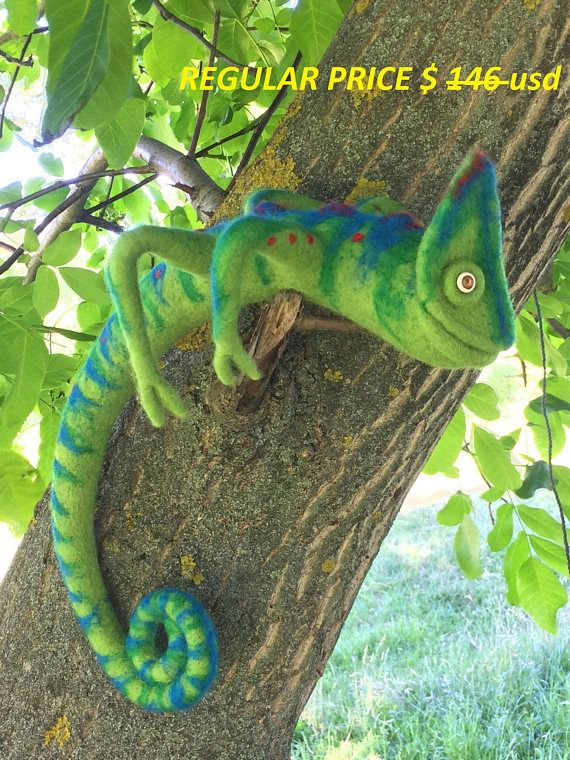 BIG Needle Felted chameleon, Eco friendly toy, Wool chameleon, Felted chameleon, Reptile, Toy Felt, Needle Felted Animals, Birthday gift, Home décor, kind. CURRENTLY MADE TO ORDER ITEM!!! Let me 5-7 days to create a special one for you! Chameleon is very beautiful and amazing reptile.