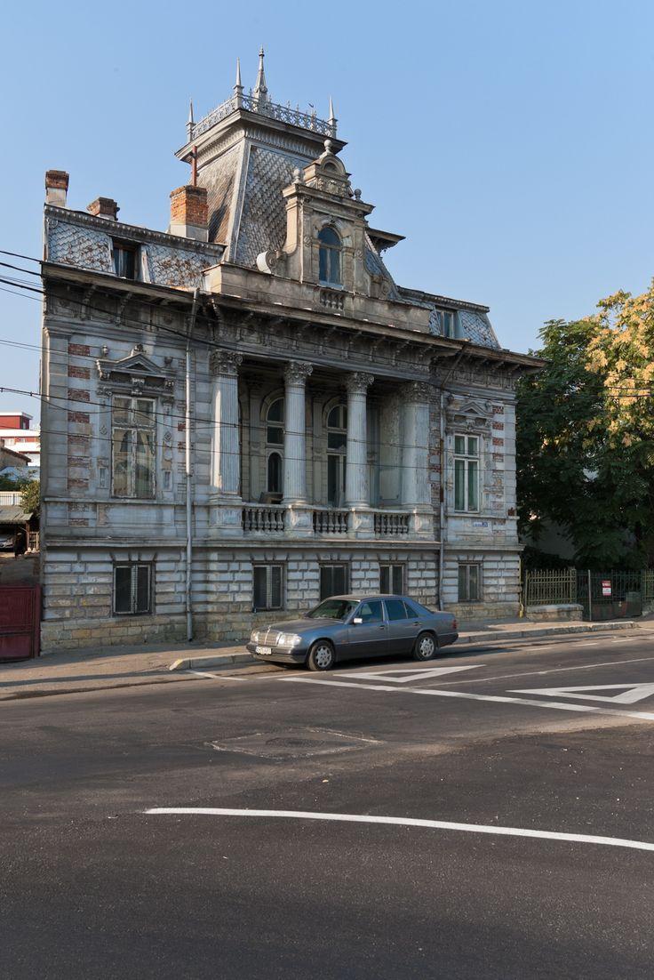 Casa Aron Băiulescu (1875), Strada Târgu din Vale 20, Pitești