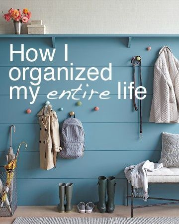 A must read: How I Organized my ENTIRE Life! - Pin now. Read later. This blog has tons of excellent tips on how to de-clutter one's life.