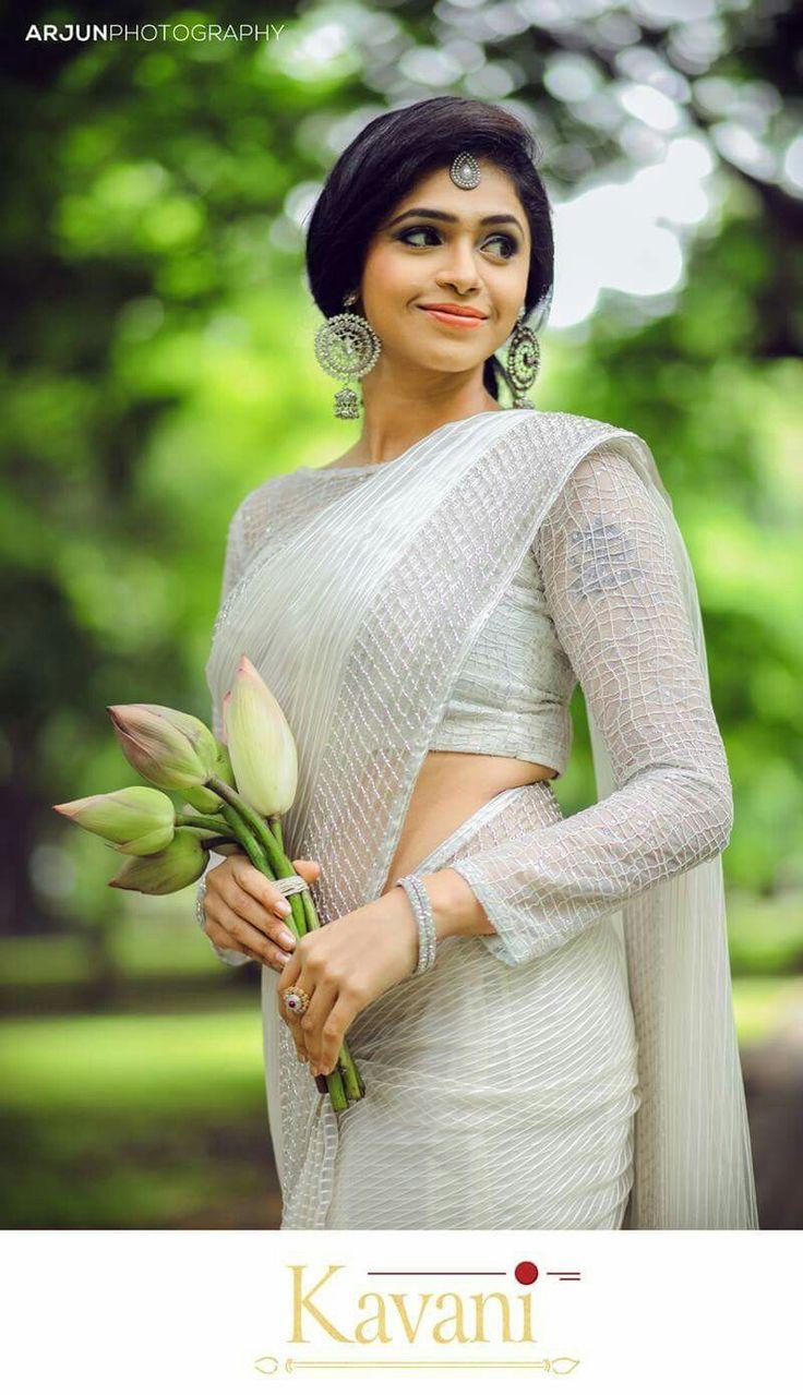 white saree ideas