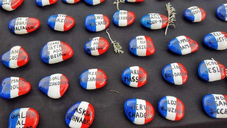 """France 3 Côte d'Azur (@F3cotedazur)   Twitter  __  REDIFFUSION ce vendredi à 8h50 sur France 3 PACA de """"Nice, 86 galets pour l'éternité"""" ► http://france3-regions.francetvinfo.fr/provence-alpes-cote-d-azur/emissions/qui-sommes-nous-2 … #Nice06"""