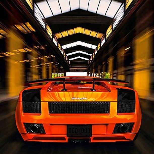 Lamborghini Gallardo - Indoor Cruising
