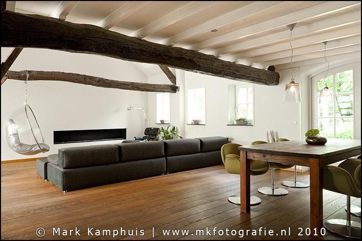 Prachtige combi modern interieur in een authentieke for Boerderij interieur
