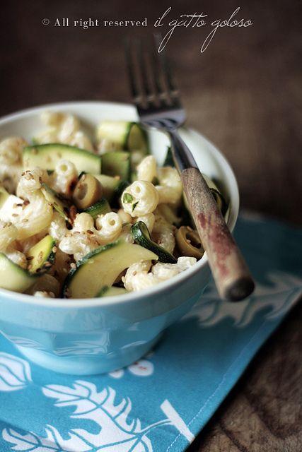 pasta fredda zucchine marinate feta e olive