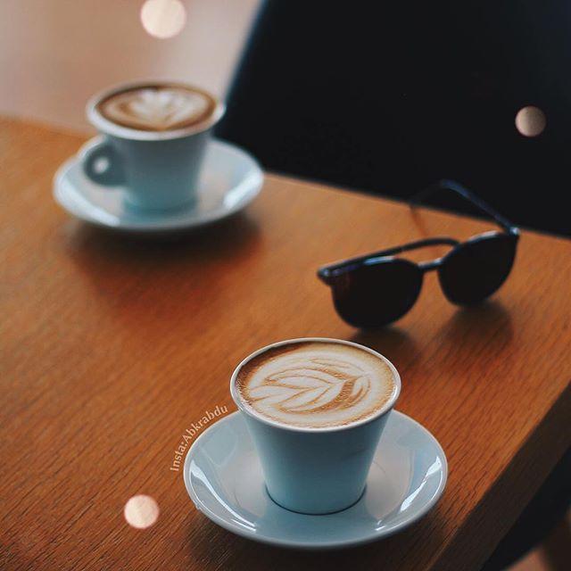 لتجمعنا اكواب قهوة وترانيم الموسيقى الهادئه ㅤ ㅤ ㅤ By Abkrabdu ㅤ Chosen By Rawasi ㅤ التقييم مـن 5 ㅤㅤㅤㅤ تـاقـزات لنشر صوركم Glassware Tableware Words