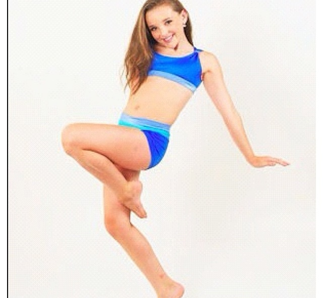 Dance Moms Kendall is in a wonderful pose