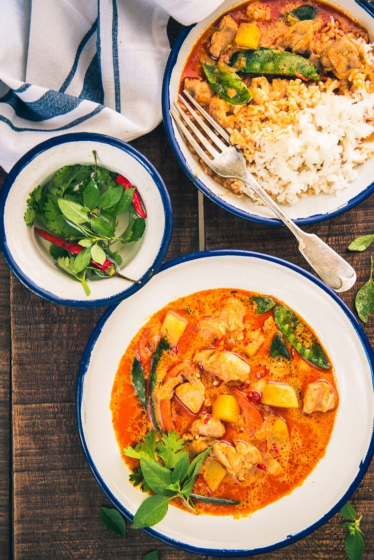All The Fans Of Mangoes And Nonvegetarian Dishes, Thai Raw Mango Chicken  Curry