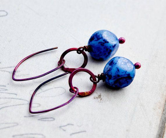 Penzolare orecchini, orecchini di vetro ceco, orecchini in vetro, blu cobalto, rame roseo, monili di rame, blu, gioielli in vetro, PoleStar, rosso