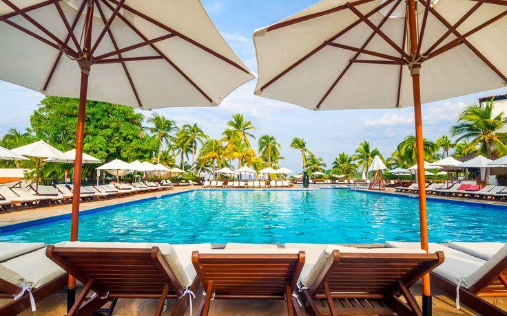 Amazing All-inclusive Resorts in Mexico  It's time to start planning your winter getaway.