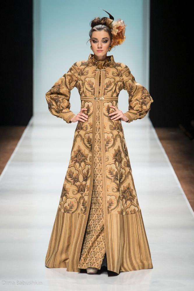 Russian fashion. Russian designer Slava Zaitsev. Haute Couture Spring/Summer 2014 #SlavaZaitsev #fashion