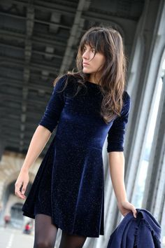 all you need for a night out. A blue velvet dress!