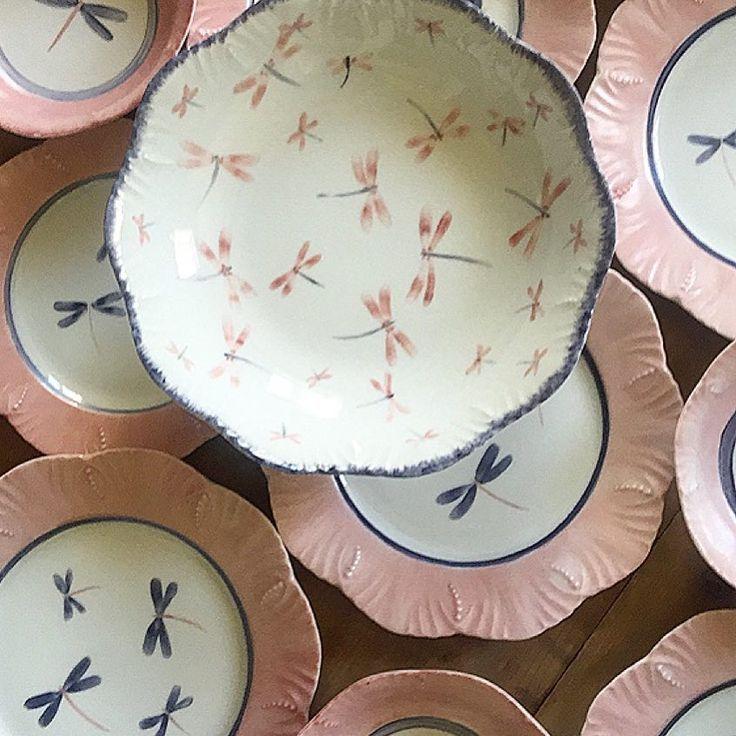 "3,106 curtidas, 122 comentários - AZarraluqui (@azarraluqui) no Instagram: ""Wedding presents with 💗💙 #weddings #weddingpresent #dinnerware #tableware #porcelain #limoges #vsco…"""