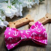 Our+cotton+fabric+bows+with+double+sided+velcro+backing,+your+pet+will+look+fabulously+stylish+with+this+bow+attached+to+their+leash,+collar+or+harness.+One+size