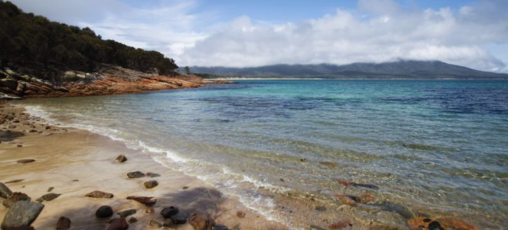 Tasmania - Wineglass Bay and Hazards Beach Circuit