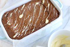 Op zoek naar het allerlekkerste brownie recept? Wacht dan niet langer maar bekijk dit recept, haal de ingrediënten en duik de keuken in! Succes gegarandeerd