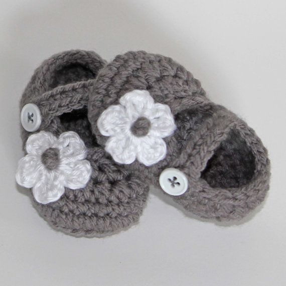 Crochet Baby Shoes in Gray with White Flower 36 by yippeeskippy, $16.00