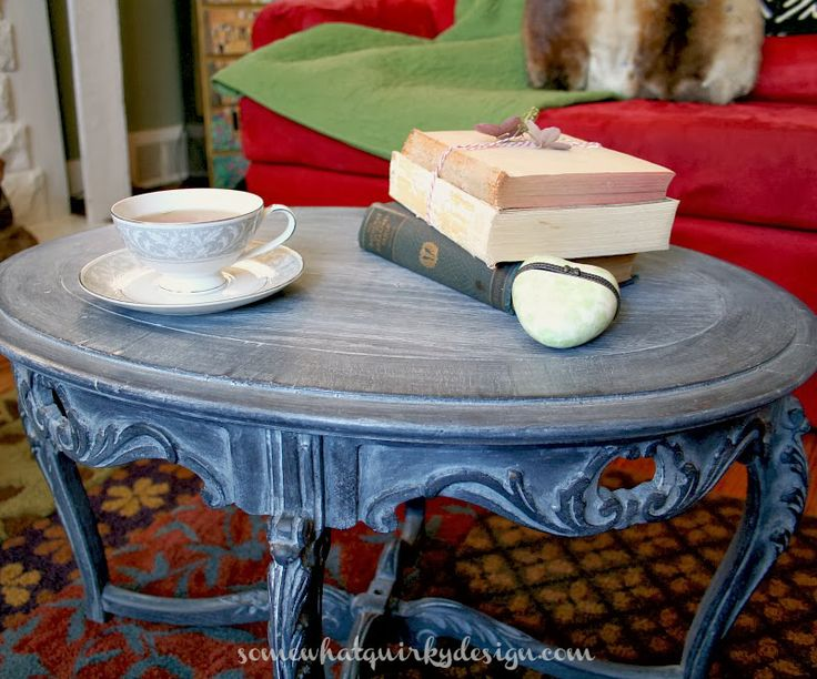 Somewhat Quirky: A Beautiful Milk Paint Finish using white wax over the dark paint...love this look!