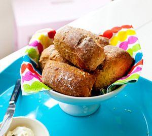 Aamulla leivottavat sämpyläpalat