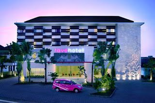 """Fave Hotel Fave Hotel Bypass Kuta sits right on """"Jalan Bypass"""" on the cross roads to all good things Bali and offers a Fun, Fresh and Friendly ambiance. The hotel is one of the very best select service hotels in Bali winning accolades for its funkiness, bright and cheerful atmosphere and professional service. The super clean and functional rooms offer amenities usually associated with more expensive hotels such as high quality beds and linens, LCD Televisions, Remote Controlled AC, en Suite…"""