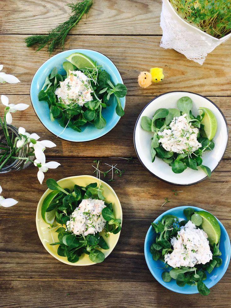 Lækker krabbesalat med flødeost, lime og dild. Perfekt på påskebordet eller som…