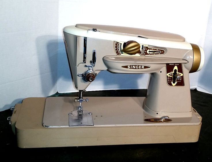 17 Best Ideas About Old Sewing Machines On Pinterest