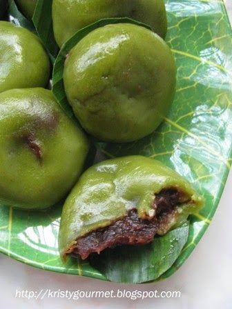 My Little Space: Steamed Red Beans Pandan Oh Ku Dumpling