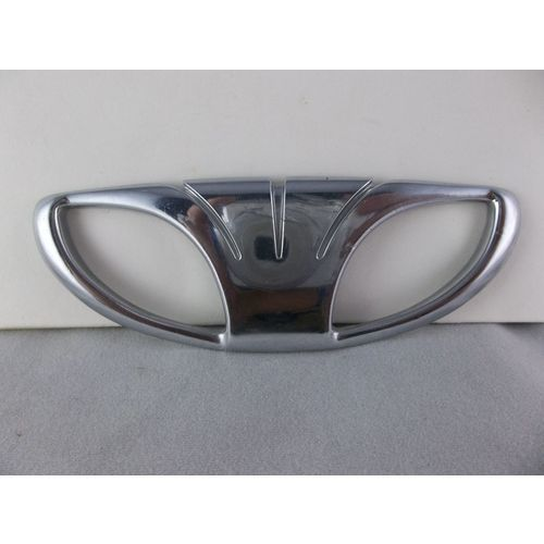Daewoo Emblem: 220 Best All My Collections Automotive Boneyard EBid Store