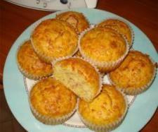 Ricetta Muffin al prosciutto e formaggio pubblicata da Gina - Questa ricetta è nella categoria Antipasti