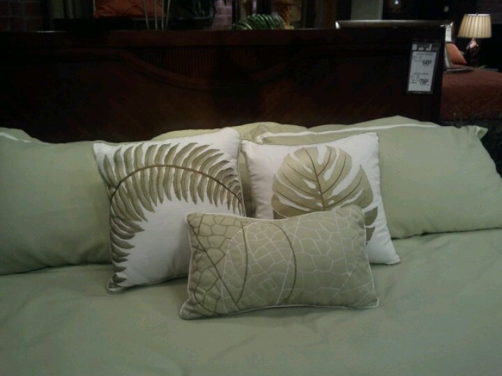 17 Best Images About Tropical Pillows On Pinterest Coral